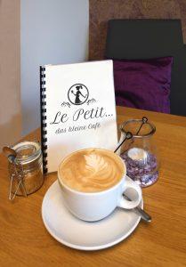 Le-Petit-Knell-Kafe-Speisekarte-Groß